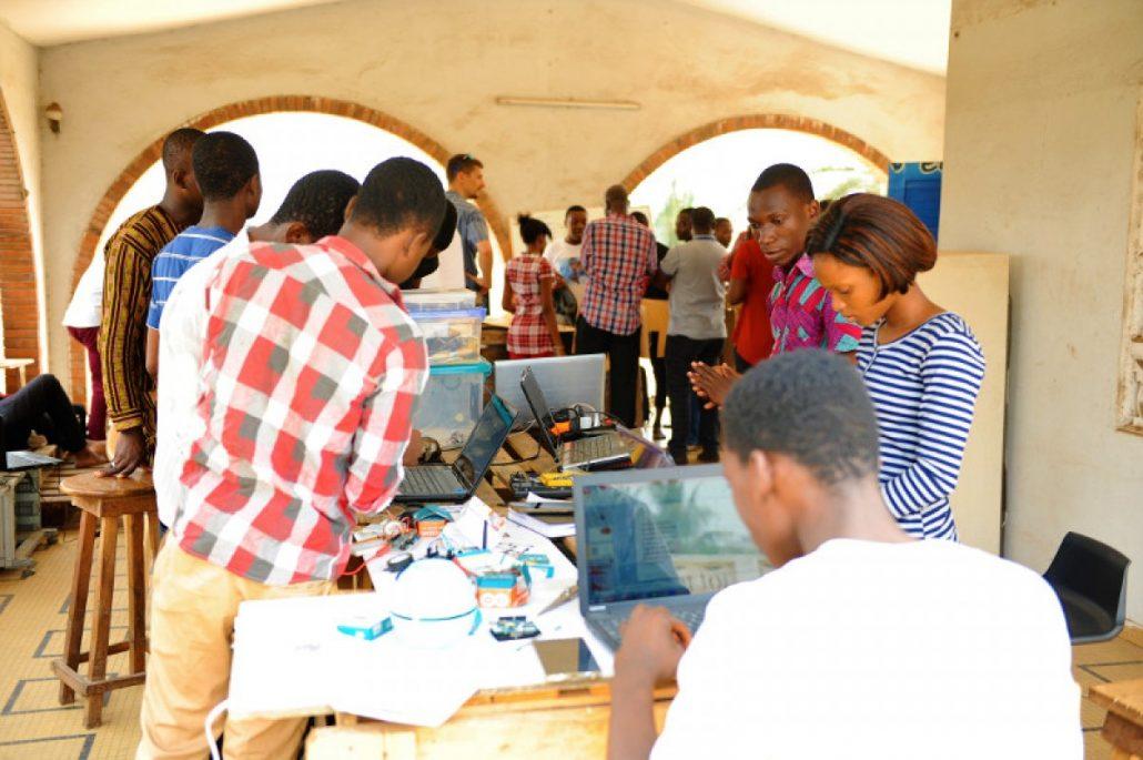 WAZIHACK : IoT community building in Africa
